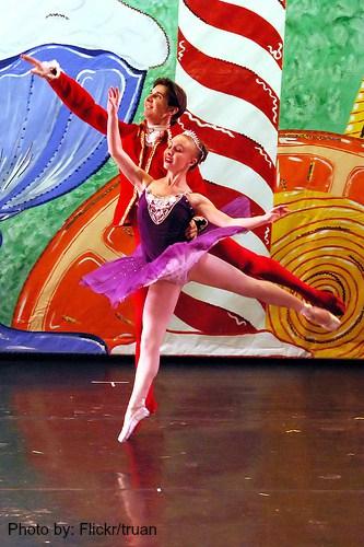 Nutcracker Ballet at the Sangre de Christo Art Center (Flickr/truan)