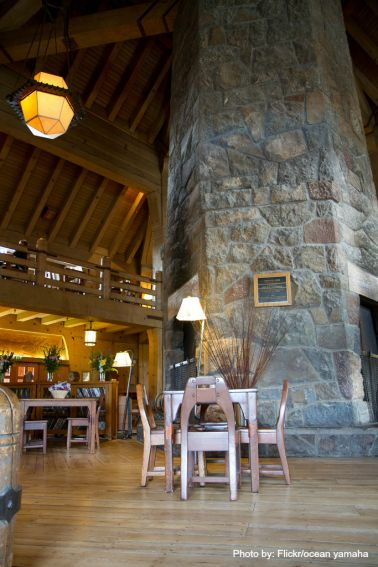 Timberline Lodge Bend, OR Photo by  Flickr/ocean yamaha