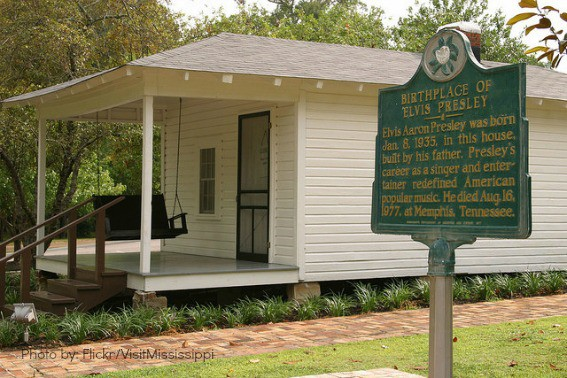 The Museum of Mississippi History and the Mississippi Civil Rights Museum are open today from 1 p.m. to 5 p.m. and Tuesday through Saturday from 9 a.m to 5 p.m. # oneMSmanystories # twoMSmuseums # possumridge/5(33).
