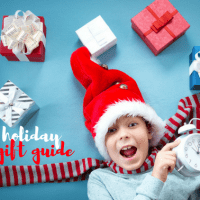2016-holiday-gift-guide-for-families-who-love-to-travel-facebook-1